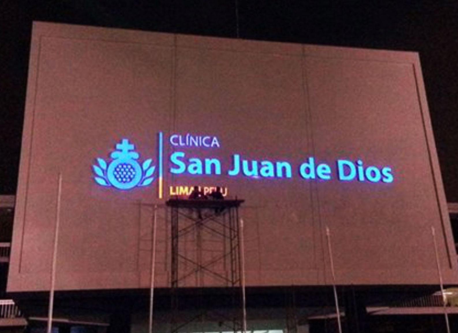 Letrero Luminoso Clínica San Juan de Dios